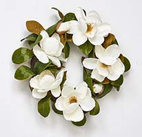 "22"" MAGNOLIA WREATH W/ FLOWERS"