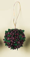 "3"" Mixed Berry Ball w/Leaves"