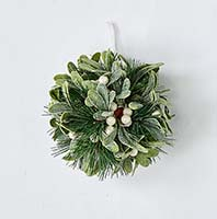 "6"" MISTLETOE AND PINE KISSING BALL"