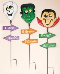 "35"" Metal Halloween Sign Post"