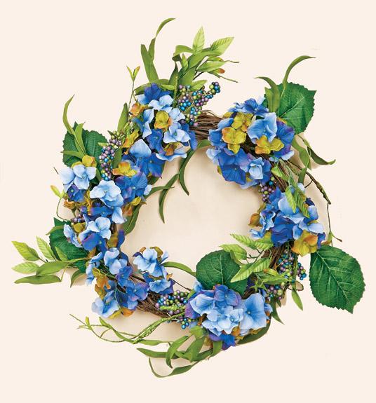 "24"" Blue Hydrangea Wreath on Natural Twig Base"
