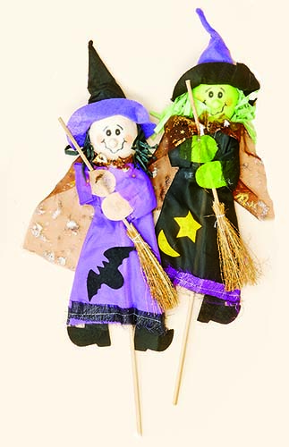 "18"" WITCH ON STICK"
