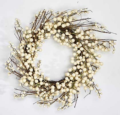 "19"" WHITE BERRY WREATH"