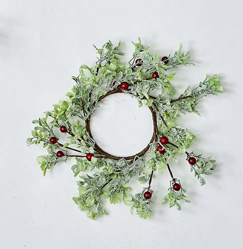 "4.25"" GREEN LEAVES AND RED BERRIES CANDLE RING"