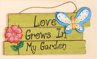 "7"" Hanging Wood Garden Sign with Butterfly"